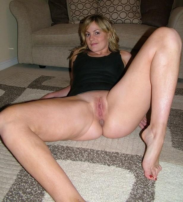 голые мамки раздвинули ноги фото