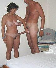amateur naked milf