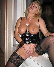 mature nude women swollen pussy
