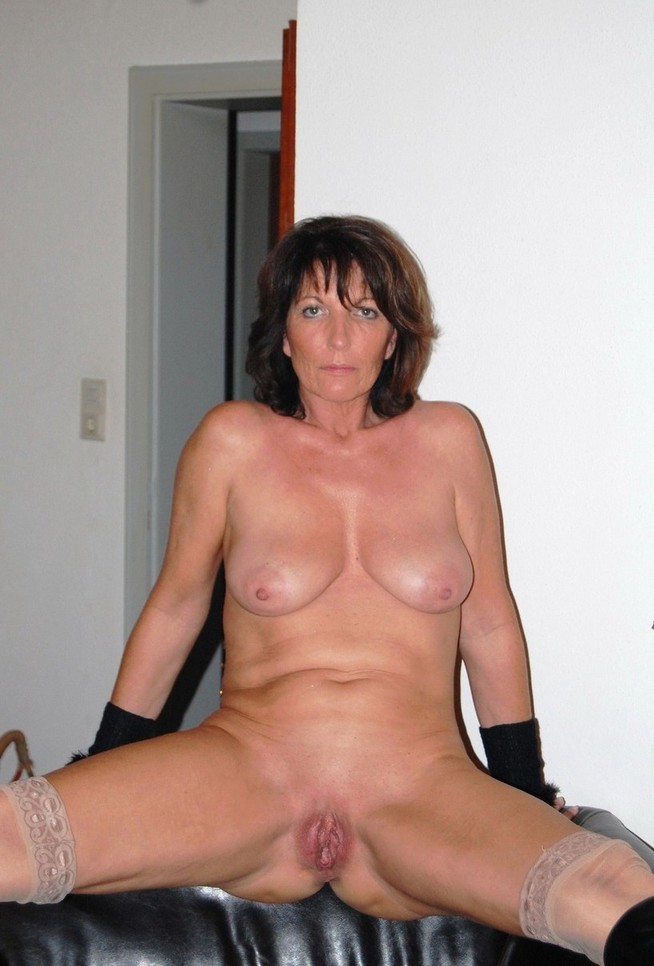 Mature porn over 40