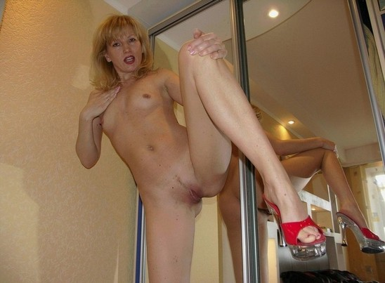 Chinese mistress who spank men