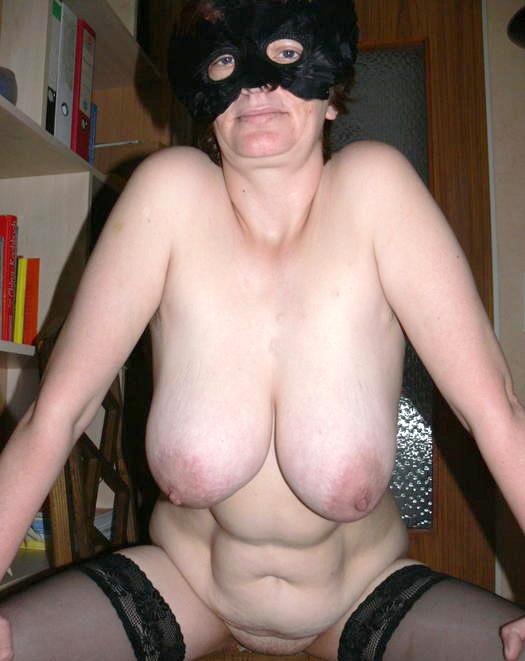 Older wife having sex