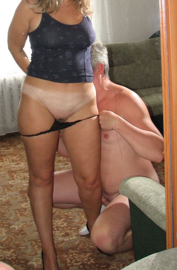 caught Mature naked mom