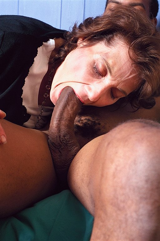 Mature interracial porn site