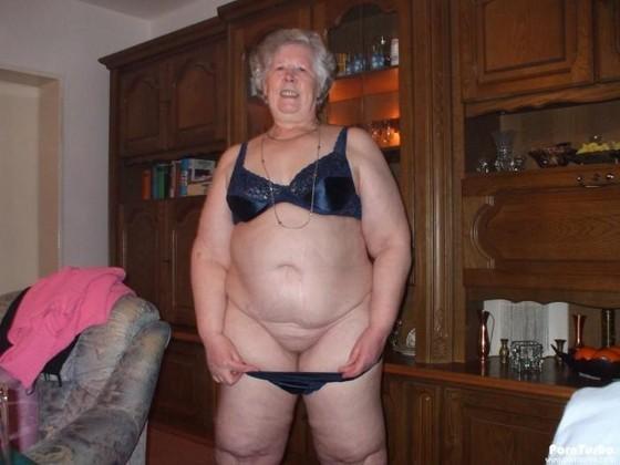 Nude mature pic gratuit