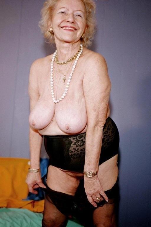muscular women anal porn