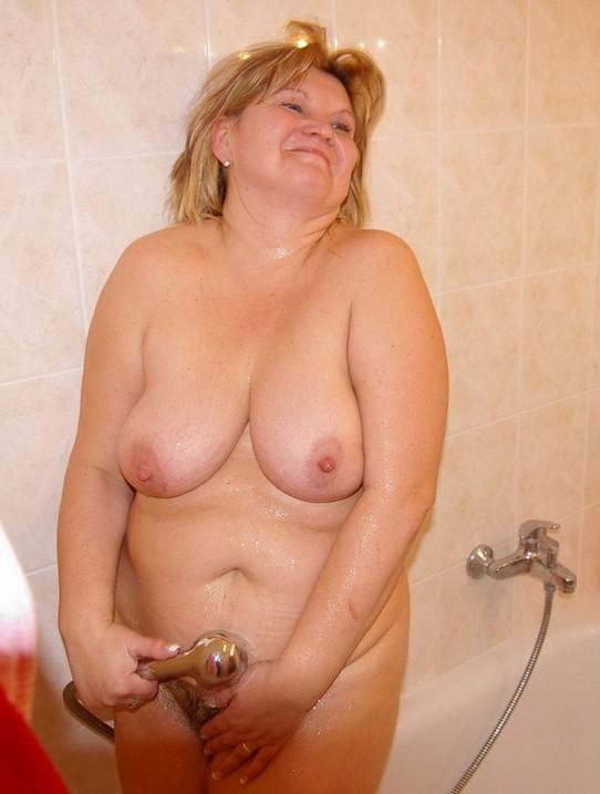 Naked big milf