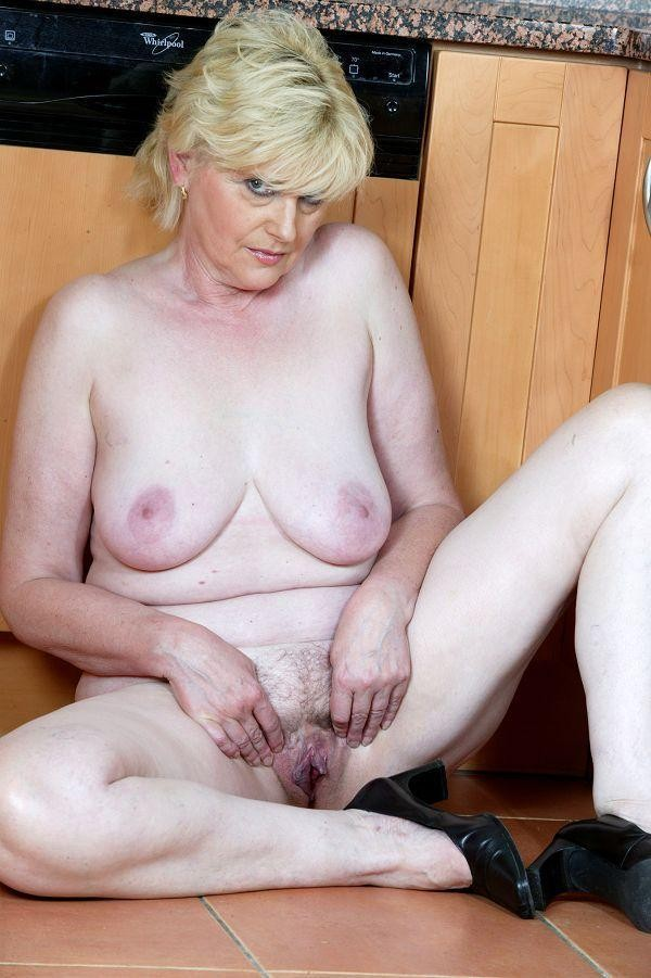 Mature nude polish women you