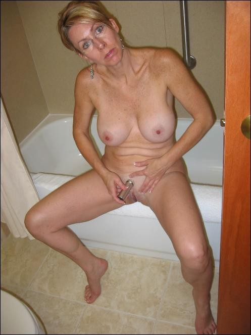Commit Milf surprised nude pics please