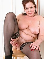naked mature women picture gallery