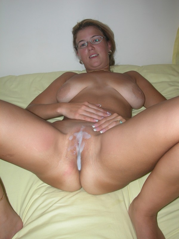 41 year old soccer mom with big tits fucks a dildo 2