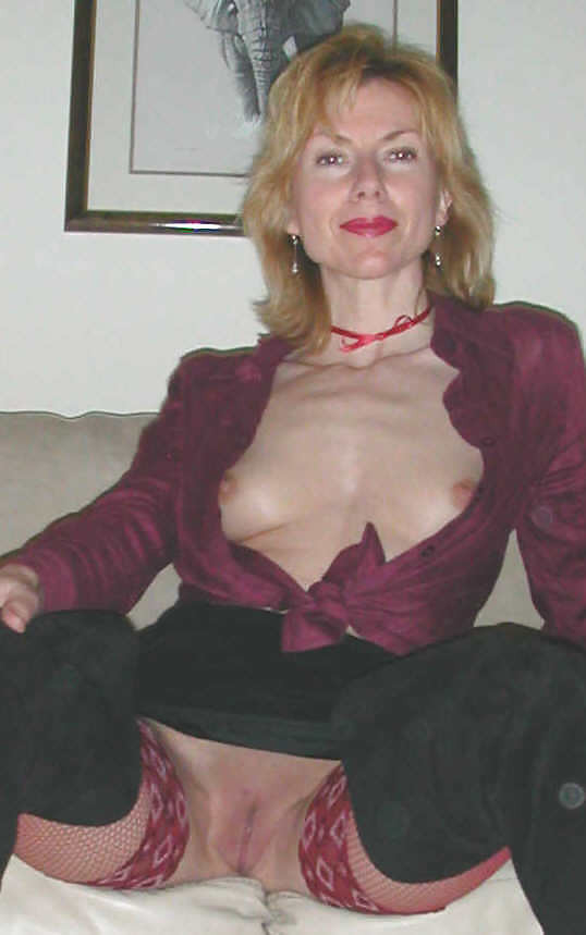 Galeery Mature Pantyhose And 81