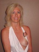 nude sister porn gif
